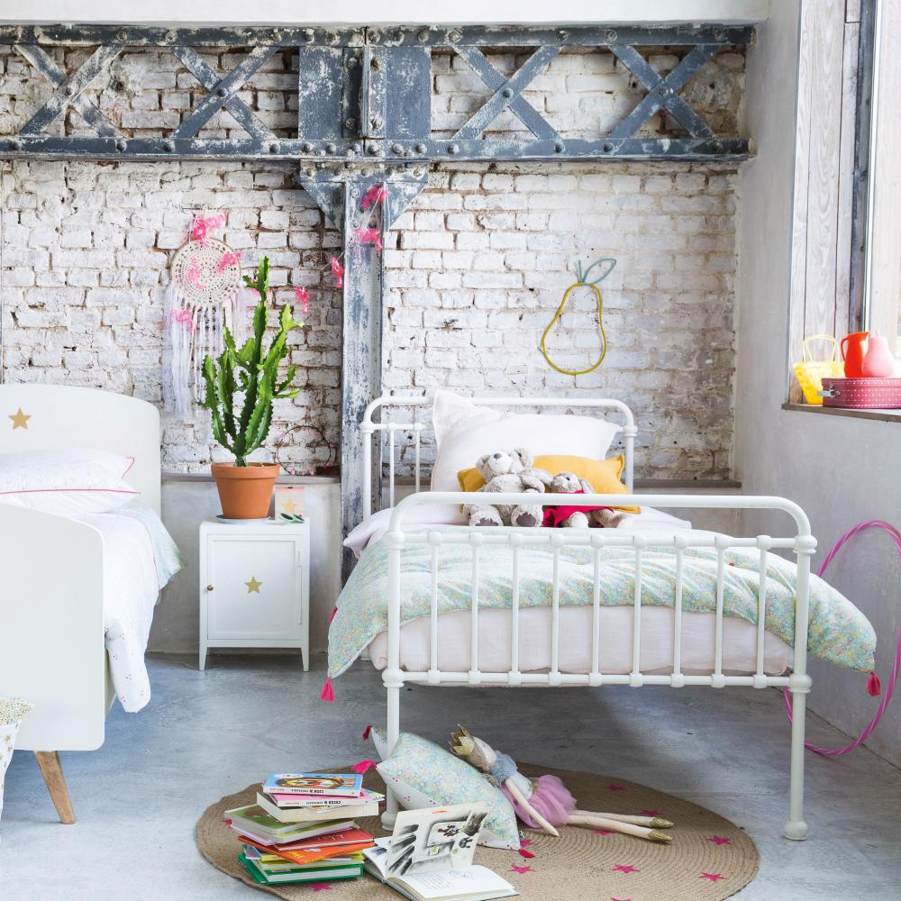 90x190 bett maisons du monde sixties bett in weiss x in mnchen with 90x190 bett kiefer bett x. Black Bedroom Furniture Sets. Home Design Ideas