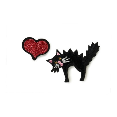 Macon & Lesquoy Black Cat Red Heart Badges - Set of 2-listing