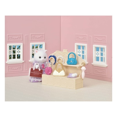 Sylvanian Fashion Showcase Set -listing