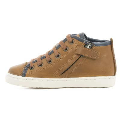 10 IS Roots Laced Trainers -listing